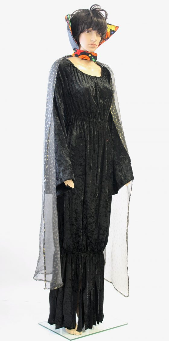 Heksenjurk met cape